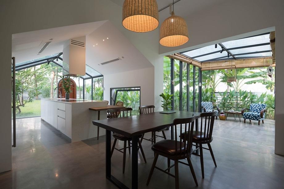 ครัวและห้องทานอาหารแบบเปิด