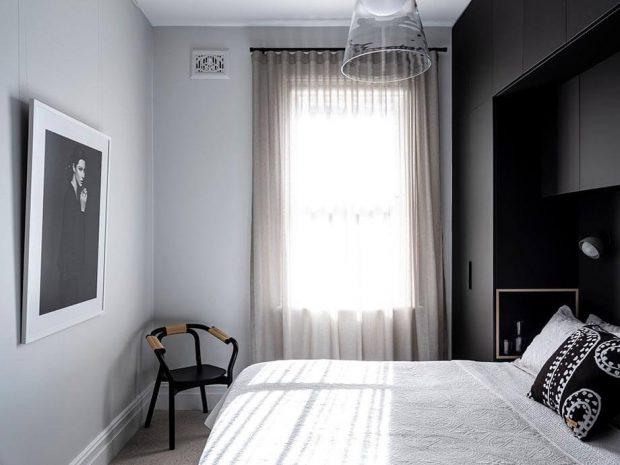 บิลท์อินสีดำในห้องนอน