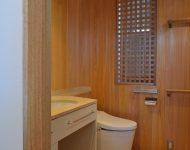 ห้องน้ำตกแต่งไม้