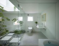 ห้องน้ำโทนสีขาวตกแต่งสไตล์ธรรมชาติ