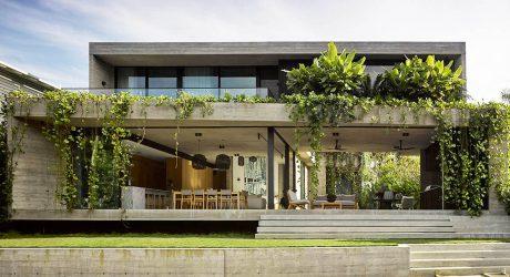 บ้านคอนกรีตริมน้ำ