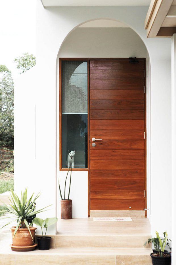 ประตูหลักเข้าบ้าน